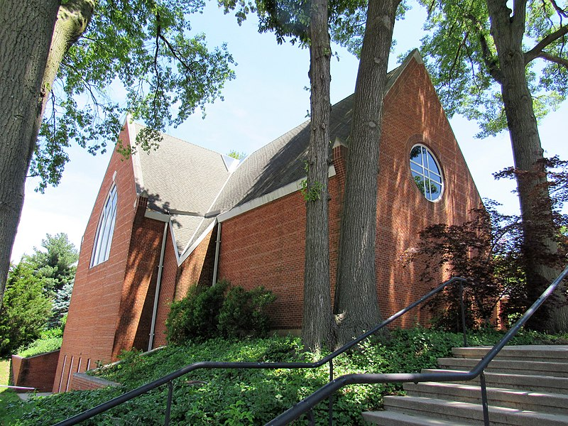 File:St. George's Episcopal - St. Mark Lutheran.jpg