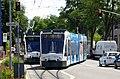 Stadtbergen, Tram verlässt eingleisigen Abschnitt, 1.jpeg