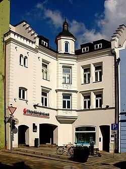 Stadtplatz 1 (Vilsbiburg).jpg