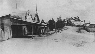 Moggill Road - Image: State Lib Qld 1 70263 Moggill Road, Taringa, Brisbane, 1907