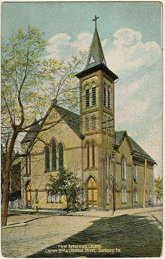 Sunbury Historic District - Image: Sunbury PA 1st Reformed PHS588