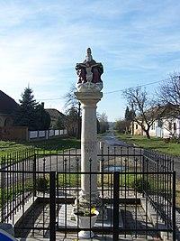 Szentháromság-szobor (4508. számú műemlék) 2.jpg