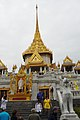 TH-bkk-wat-traimit-02.jpg