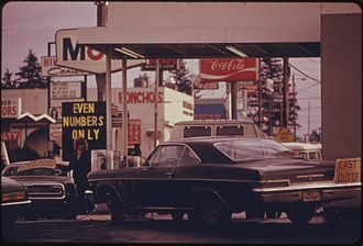 DOCUMERICA - Gas shortage due to oil crisis, Portland, OR, 1973.