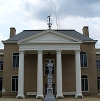 Tazewell County Courthouse and Confederate monument