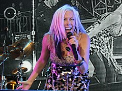 Terri Nunn at OpenWorld crop.jpg