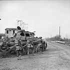 The British Army in Italy 1944 NA20234.jpg