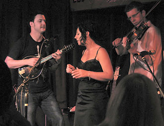 """The Greencards - The Greencards performing at The Mucky Duck, the inspiration for their Grammy-nominated song """"Mucky the Duck"""""""
