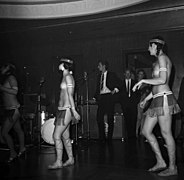 The Ladybirds opptrer i Bergen The Ladybirds performing in Bergen, Norway (1968) (17).jpg