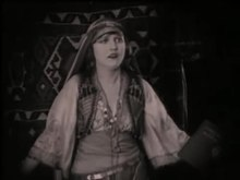 Archivo:The Sheik (1921).webm