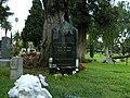 Tombe de DeeDee Ramone.jpg