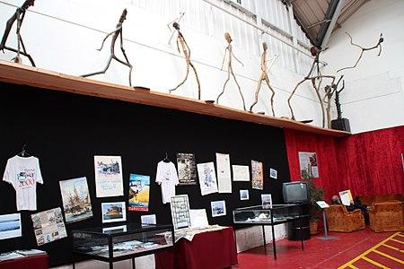Tonnerres de Brest 2012 Bazar005.JPG