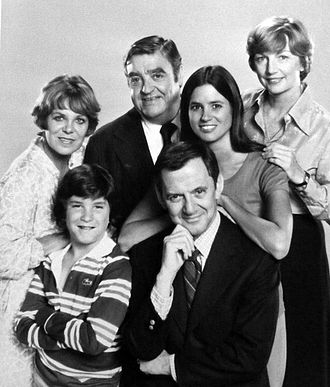 Penny Peyser - Front, L-R: Brad Savage, Tony Randall. Back: Rachel Roberts, Barney Martin, Penny Peyser, and Allyn Ann McLerie on The Tony Randall Show (1977)