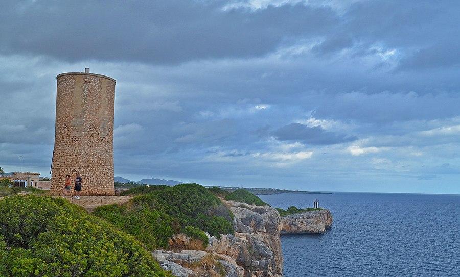 Torre del Serral dels Falcons, Porto Cristo, Mallorca, España