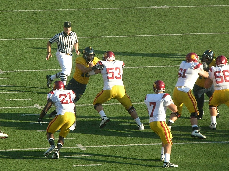 Trojans on offense at USC at Cal 2009-10-03 2
