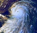 Typhoon Bilis 22 aug 2000 0832Z.jpg