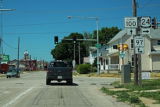 Lewistown, Illinois - Intersection of US 24, IL 97, and IL 100 in downtown Lewistown
