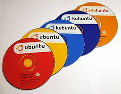 Verschillende Ubuntudistributies op CD