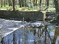 Usa Wehr für Kanal Teich von links.jpg