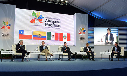 The VII Summit of the Pacific Alliance: Former President of Colombia, Juan Manuel Santos is second from the left. VII Cumbre de la Alianza del Pacifico, Santiago de Cali.jpg