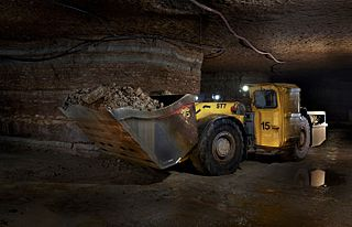 Underground mining (soft rock) the production of underground cavities in the mountains in a closed construction