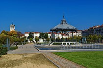 Valence - Esplanade Champ de Mars - View NNE towards Valence Cathedral.jpg
