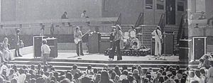 Van Halen - Van Halen at La Cañada High School 1975