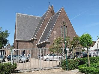 Veenendaal - Image: Veenendaal, christelijk gereformeerde kerk foto 5 2012 05 27 11.05