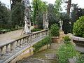 Villa la pietra, giardino est, rotonda, scalinata 01.JPG