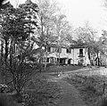 Villa nabij de lanceerinstallatie van Duitse V-1 raketten bij Almelo (Paradijsbo, Bestanddeelnr 900-2484.jpg