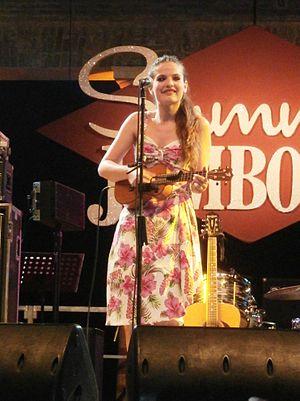 Violetta (singer) - Image: Violetta performing live at Summer Jamboree Festival, Aug 2014