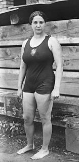Violette Morris French throws athlete