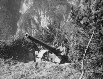 Cannone da 149/35 A - 149/35A howitzer during World War I in the Carnian Alps
