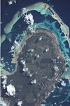 Wallis island - North with islets - ISS002-E-7404.jpg