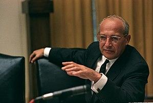 Rostow, W. W. (1916-2003)