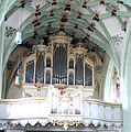 Weilheim Teck Peterskirche Orgel.jpg