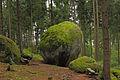 Weltkugel im Oberrosenauer Wald 02 1014-08 NDM ZT-151.jpg