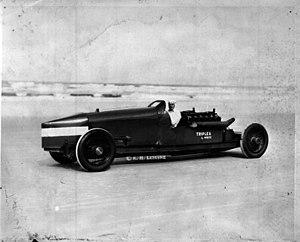 White Triplex - Triplex in 1928, driven by Ray Keech