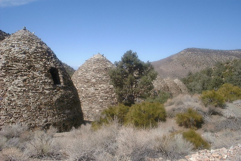 http://upload.wikimedia.org/wikipedia/commons/thumb/e/e9/Wildrose_Charcoal_Kilns.jpg/800px-Wildrose_Charcoal_Kilns.jpg