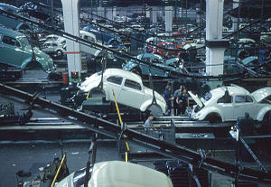 Production vehicle - A Volkswagen assembly line in 1960 at Wolfsburg
