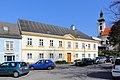 Wolkersdorf - Pfarrhof.JPG