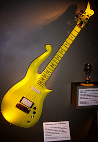 The Cloud Guitar, uma das guitarras famosas do Prince.