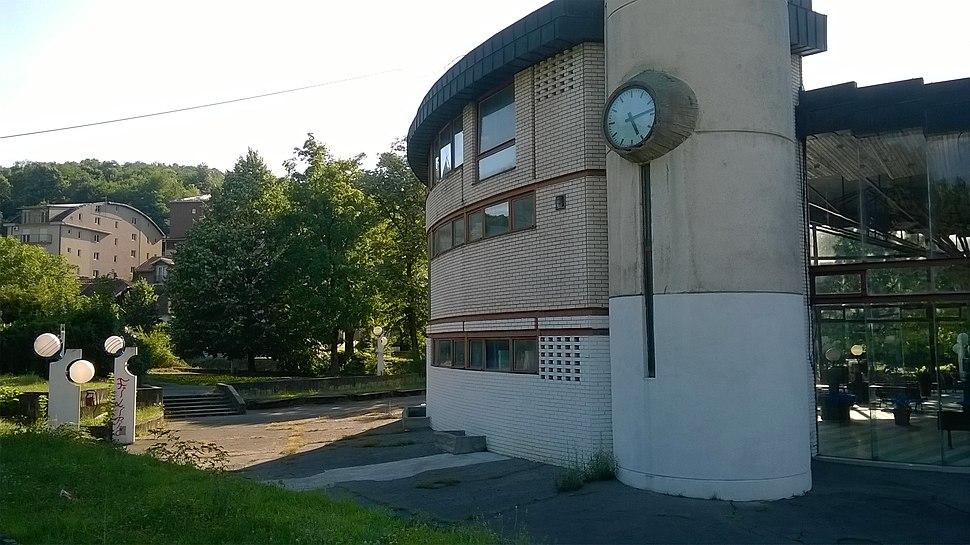 Zgrada izvora Sneznik, Vrnjacka banja
