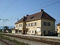 Zirovnica-train station.jpg