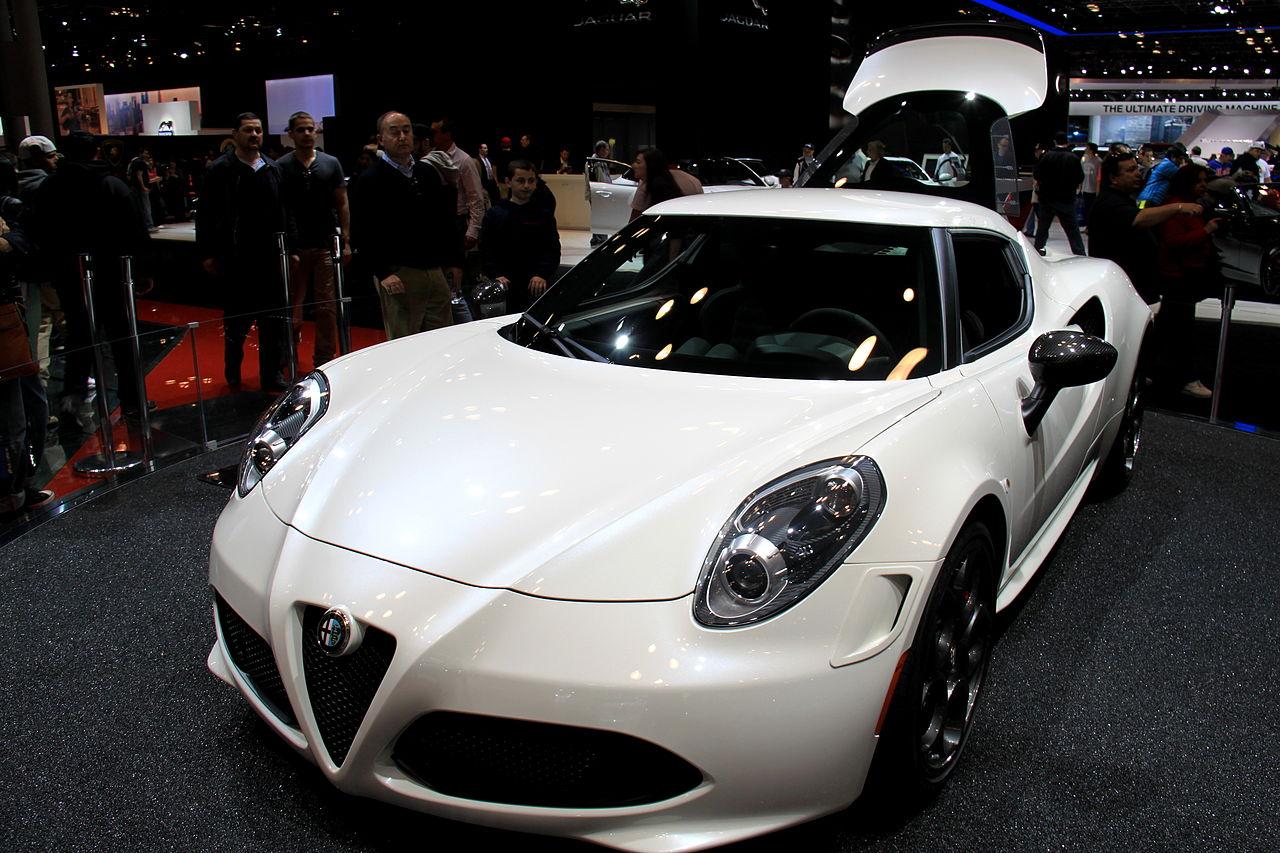 File Quot 14 Italian Supercar Alfa Romeo 4c White Coupe At