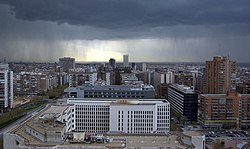 (Castillejos) Vista de Madrid desde Plaza de Castilla 03 (cropped).jpg