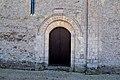 Église Saint-Clément d'Osmanville (Saint-Clément). Porte latérale nord.jpg