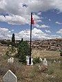 Şehit mezarı ve köyümüz - panoramio.jpg