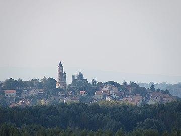 Земунска тврђава (поглед са Београдске тврђаве).jpg
