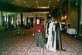 Саша Варламов на сцене перед показом коллекции Зефир в Дохе 2 - февраль 2003 г.jpg